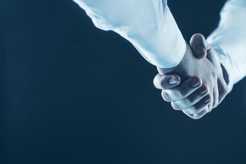 セレスとXthetaが資本提携、仮想通貨取次サービスの提供目指す