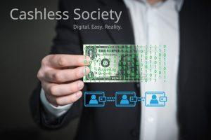 仮想通貨交換業を新たに取得した株式会社ディーカレットがSuicaなどの電子マネーに仮想通貨でのチャージを検討中と報道される