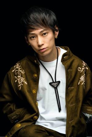 UVERworldのボーカリストTAKUYA∞がNFTデジタルフォトアートを発売